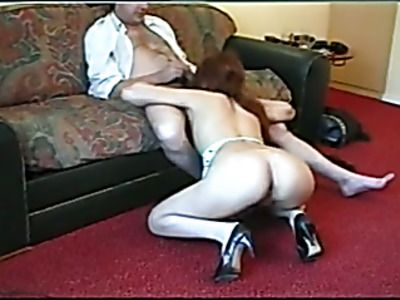 Slutty French babe gives a memorable blowjob.